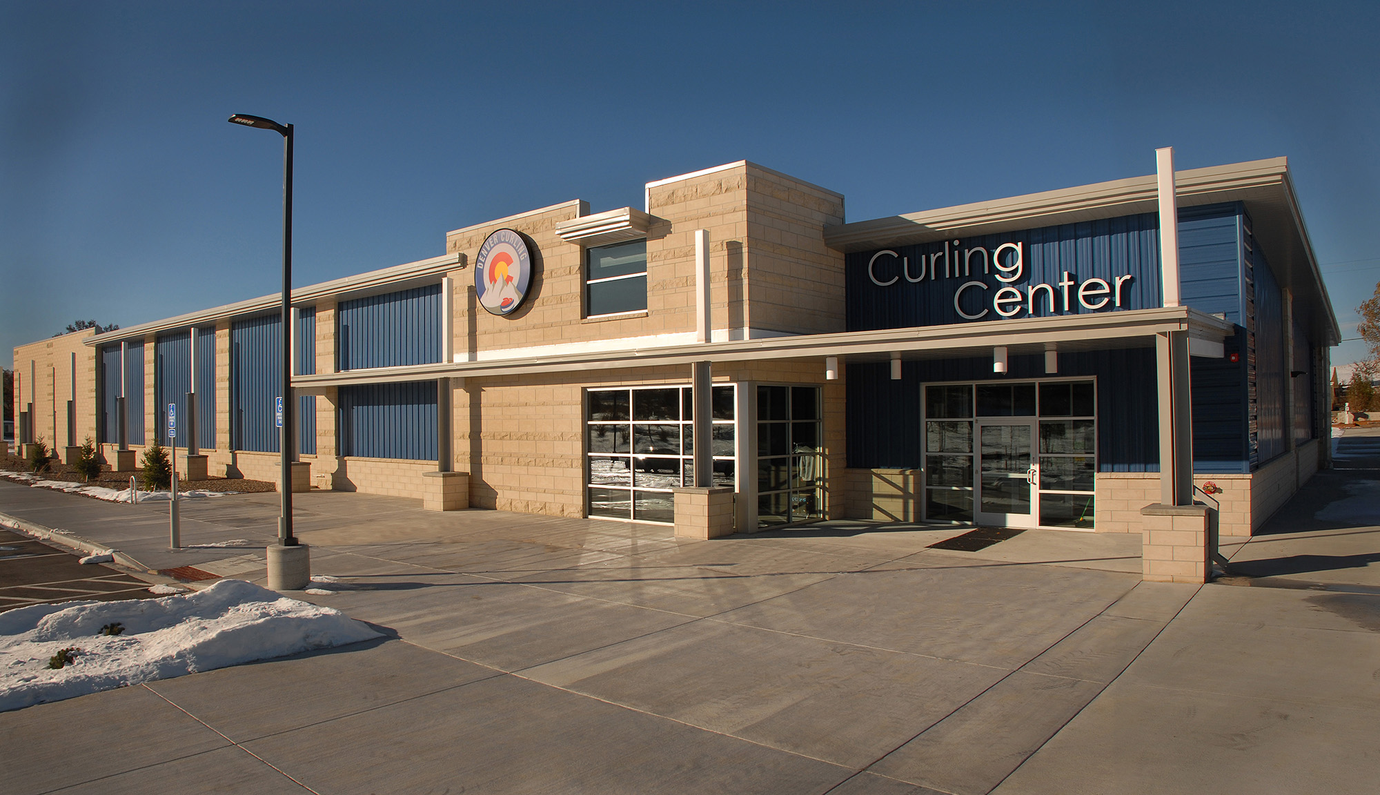 #4 ext Curling Center_w